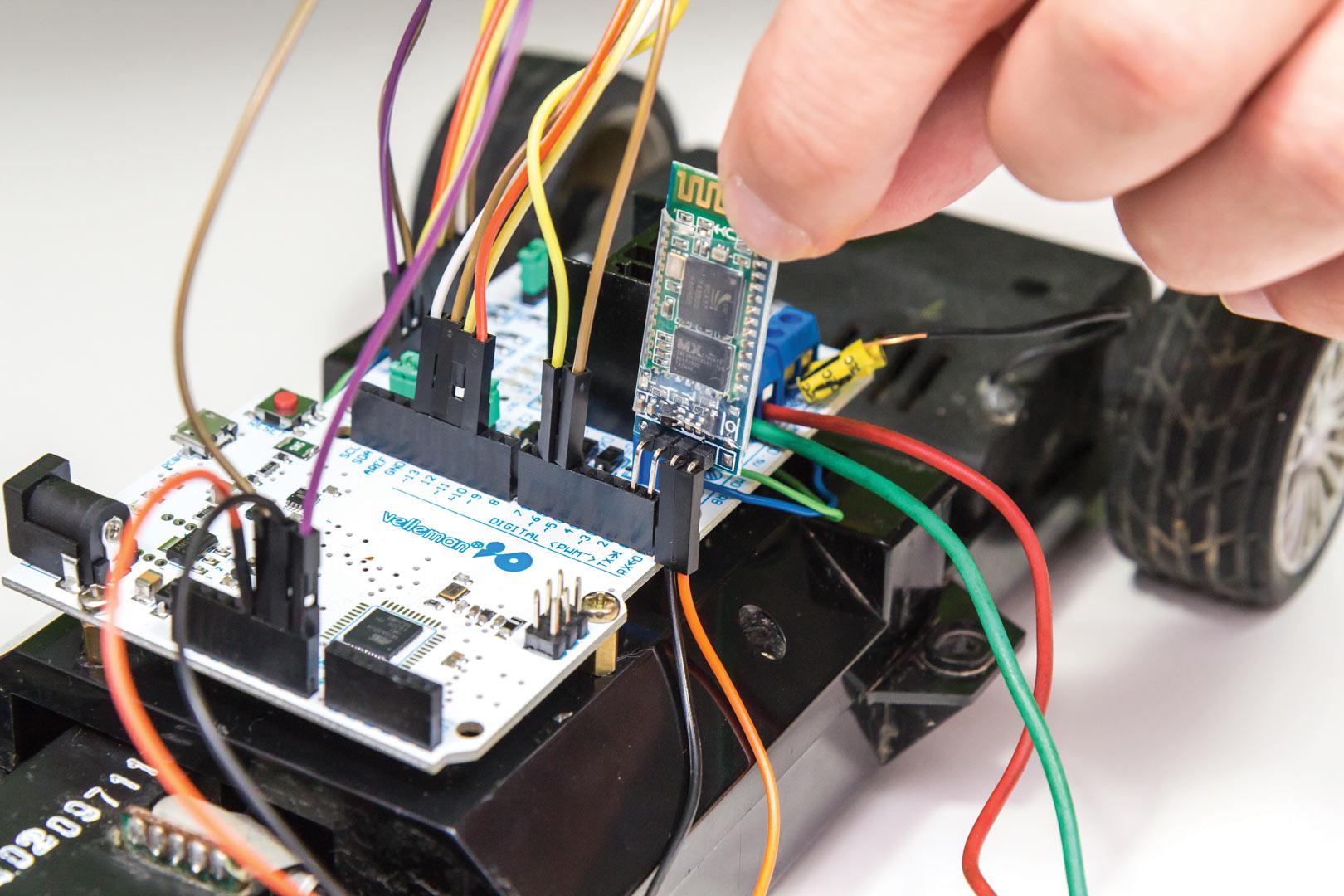 kako spojiti dva ampera u autu karipski datiranje uk