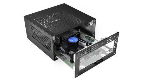 ASRock i Intel udruženim snagama stvorili maleno računalo DeskMini