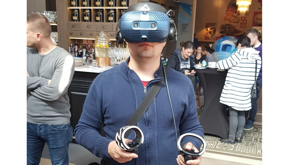 Isprobali smo HTC Vive Cosmos