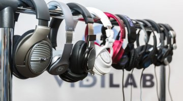 Usporedni test slušalica